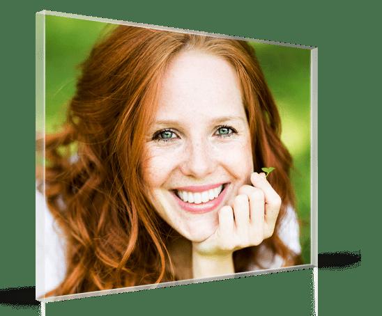aterrizaje foto metacrilato ejemplo mujer sonriente